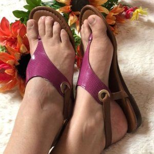 FRANCO SARTO pink patent leather T strap